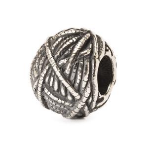 Ball of Yarn Bead