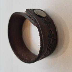 Fancy Design Leather Bracelet – Brown
