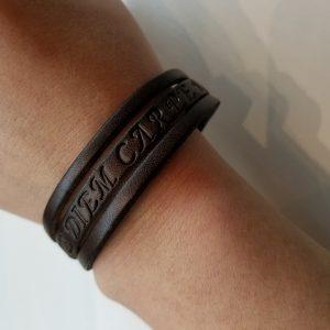 """Carpe Diem"" Leather Bracelet – Brown"