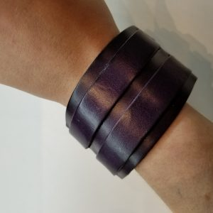Two strapped Leather Bracelet – Purple