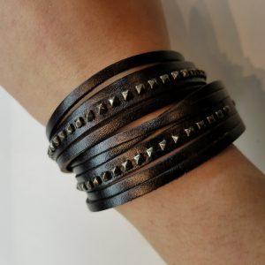 Double wrap, Shredded, Studded Leather Bracelet – Black