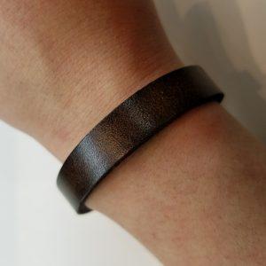 Plain Leather Bracelet – Dark Brown
