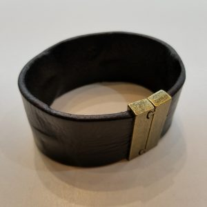 """""""Weathered"""" Leather Bracelet with Magnetic Clasp – Black"""