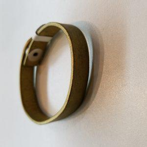 Plain Leather Bracelet – Gold