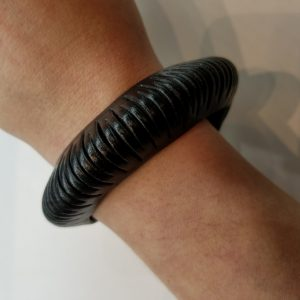 """Shredded"" Rounded Leather Bracelet – Black"