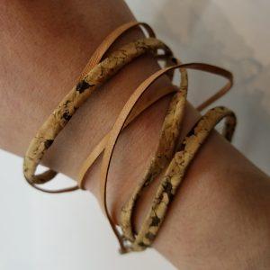 """Corkboard"" and Leather Bracelet – Light Brown"