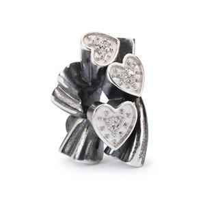 Blooming Hearts Bead